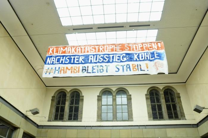 BanneraktionMZHbfBild1.JPG